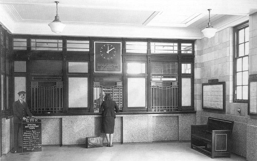 Leamington spa station leamington station 39 s new booking for Art deco rooms 1930 s