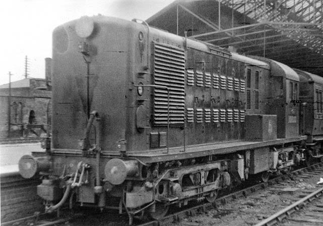 Rugby Station Experimental Bo Bo Diesel Locomotive No